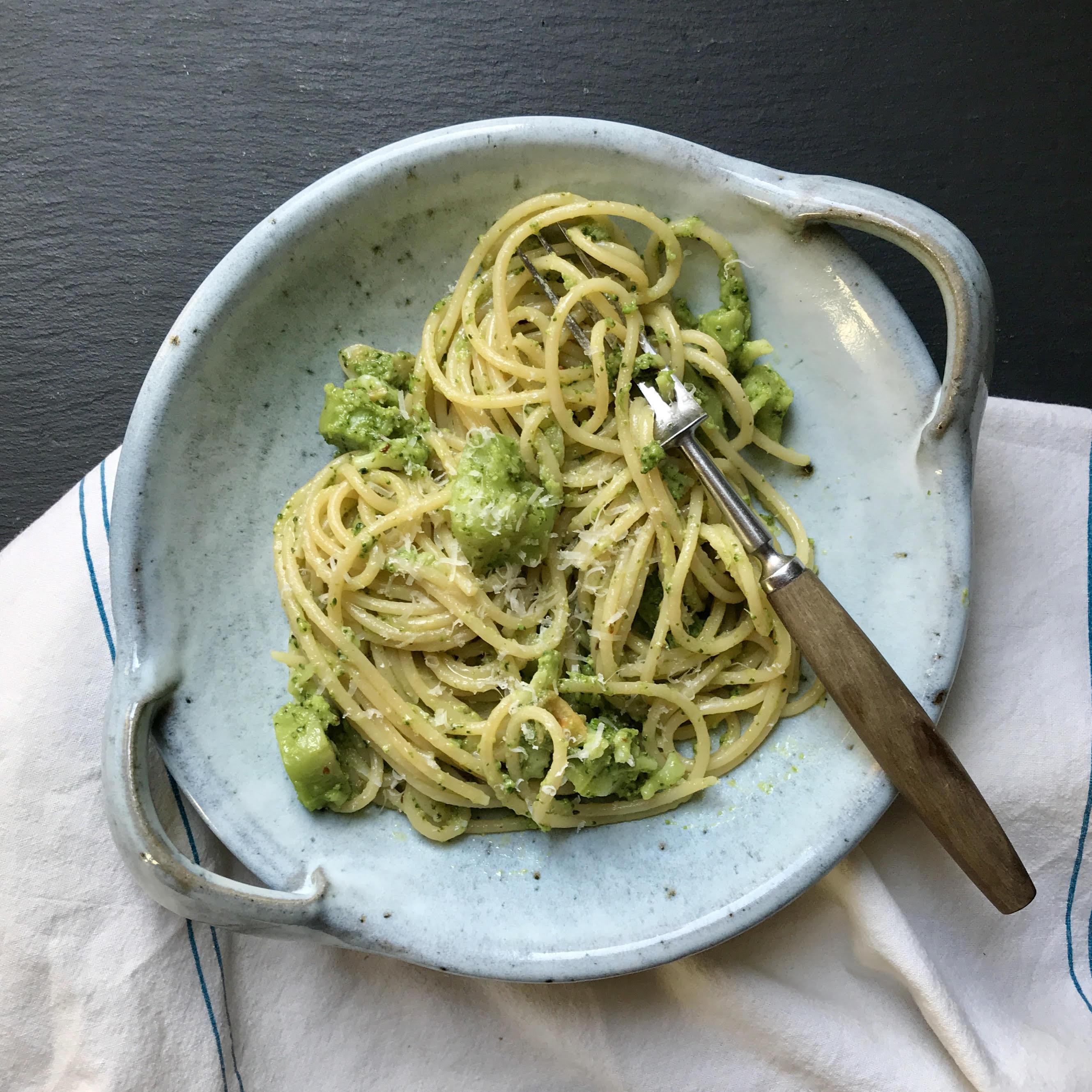 Spaghetti With Broccoli Garlic And Chilli Recipe Crop Drop