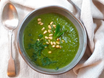 courgette spinach and pea soup