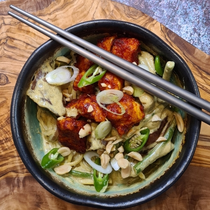 Aubergine and green bean coconut curry