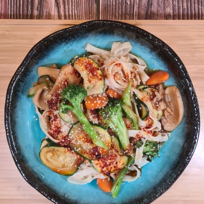 Hoisin Ginger & Garlic Noodles with courgette, broccoli and carrot